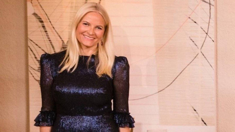 Mette-Marit, con el mismo vestido que Kate y Beatriz de York. (Instagram)