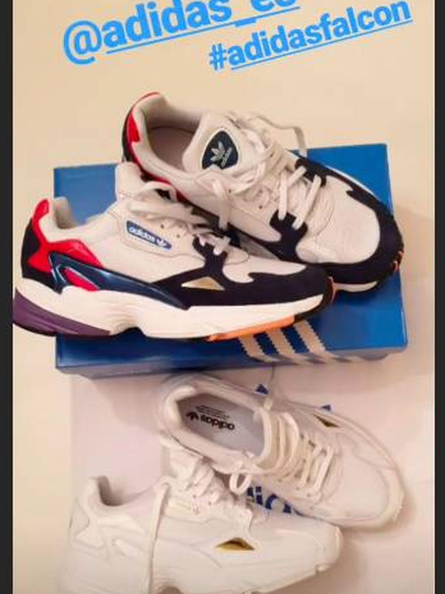 Mismo modelo de Adidas en dos colores diferentes. (Instagram)