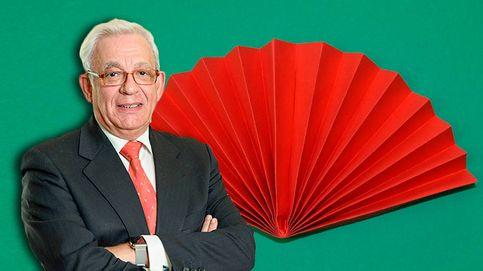 Dobla, dobla, dobla: el abanico de papel, la solución a la ola de calor en Madrid
