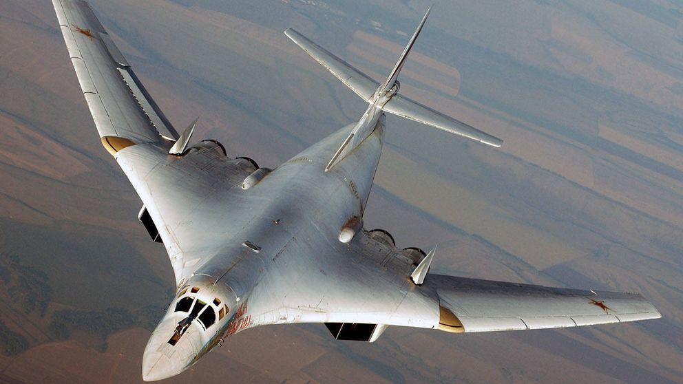 Intimidación en el aire: así se intercepta a un enorme bombardero en pleno vuelo