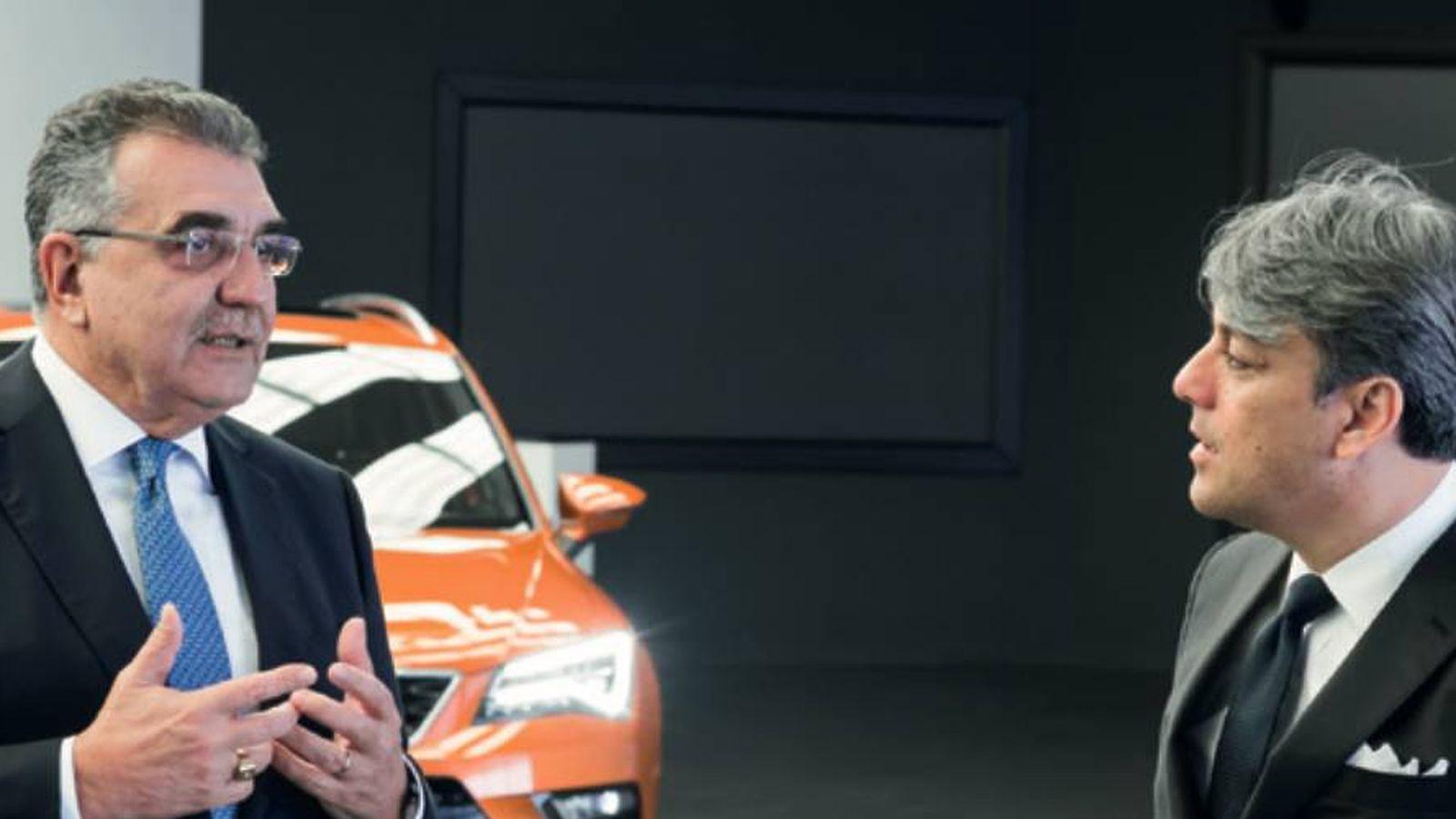 Foto: El presidente de Seat, Luca de Meo, con el vicepresidente de compras de VW, Francisco Javier García Sanz. (Fuente: Seat)