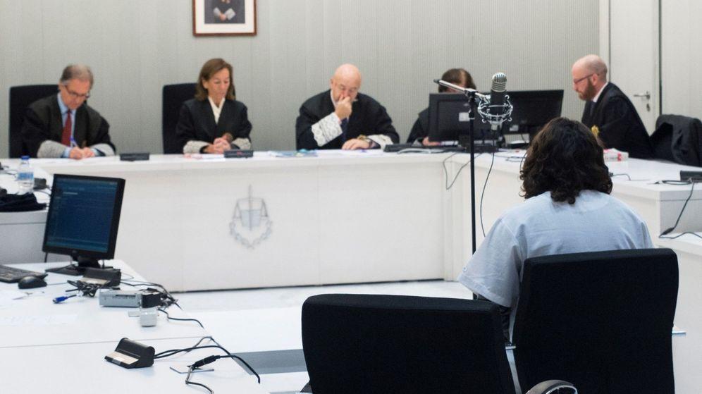 Foto: Imagen de archivo de un juicio en la Audiencia Nacional contra un supuesto adoctrinador de yihadistas. (EFE)
