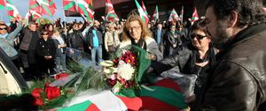 Detenido un dirigente de Sortu por el homenaje al féretro de Thierry en el aeropuerto