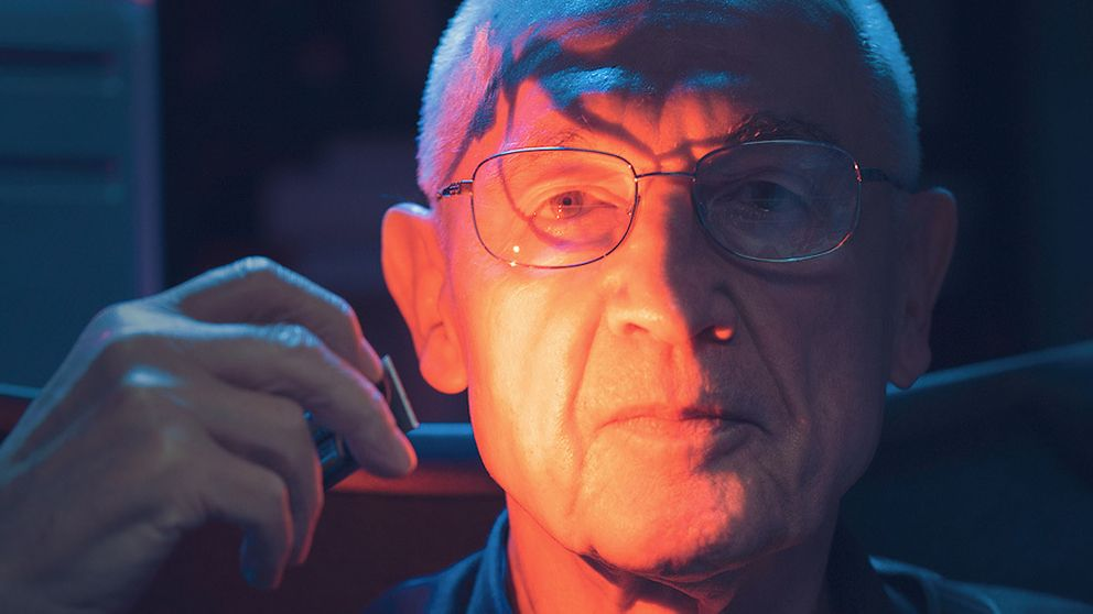 El inventor del LED rojo se siente insultado por el Nobel al azul