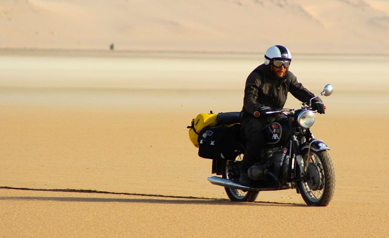 Foto: Miquel Silvestre en el Sahara. (Foto: M.S.)