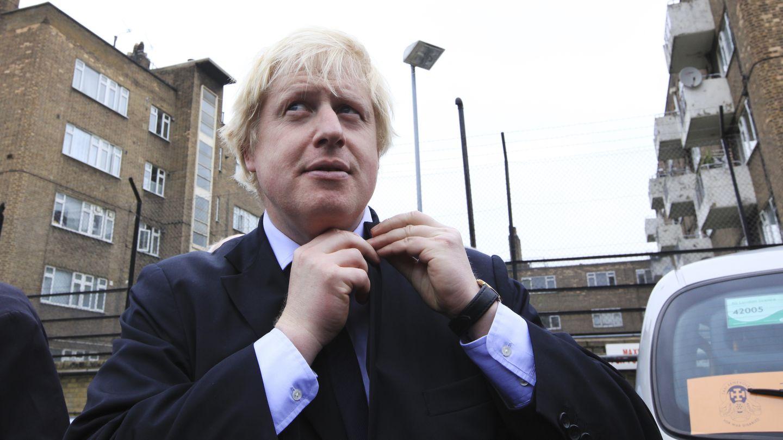 Boris Johnson, el polémico alcalde de Londres que justificó la desigualdad por las diferencias de CI.
