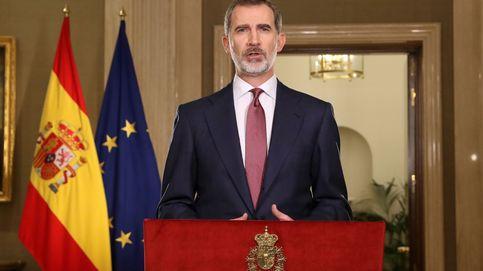 Discurso de Felipe VI: ¿por qué llevaba una corbata morada?, ¿estaba nervioso? Habla un experto