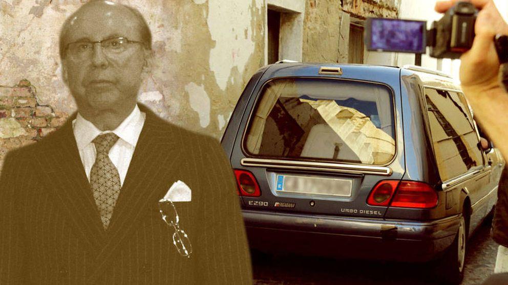 Exhuman a Ruiz Mateos para comprobar si es el padre de Adela Montes de Oca