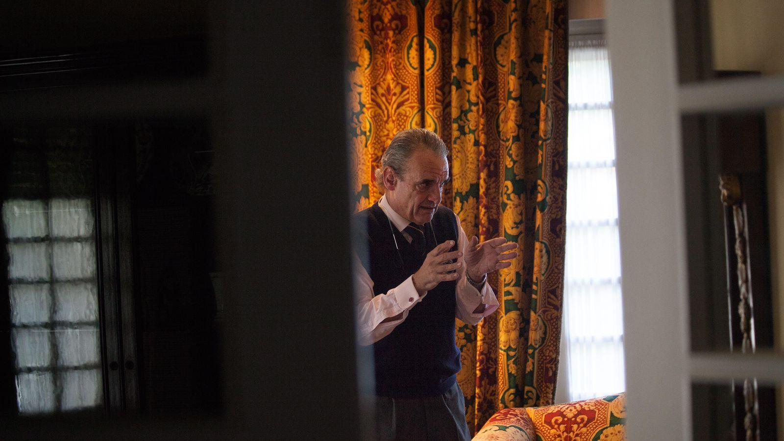 Foto: Mario Conde, durante una entrevista con El Confidencial. (Enrique Villarino)