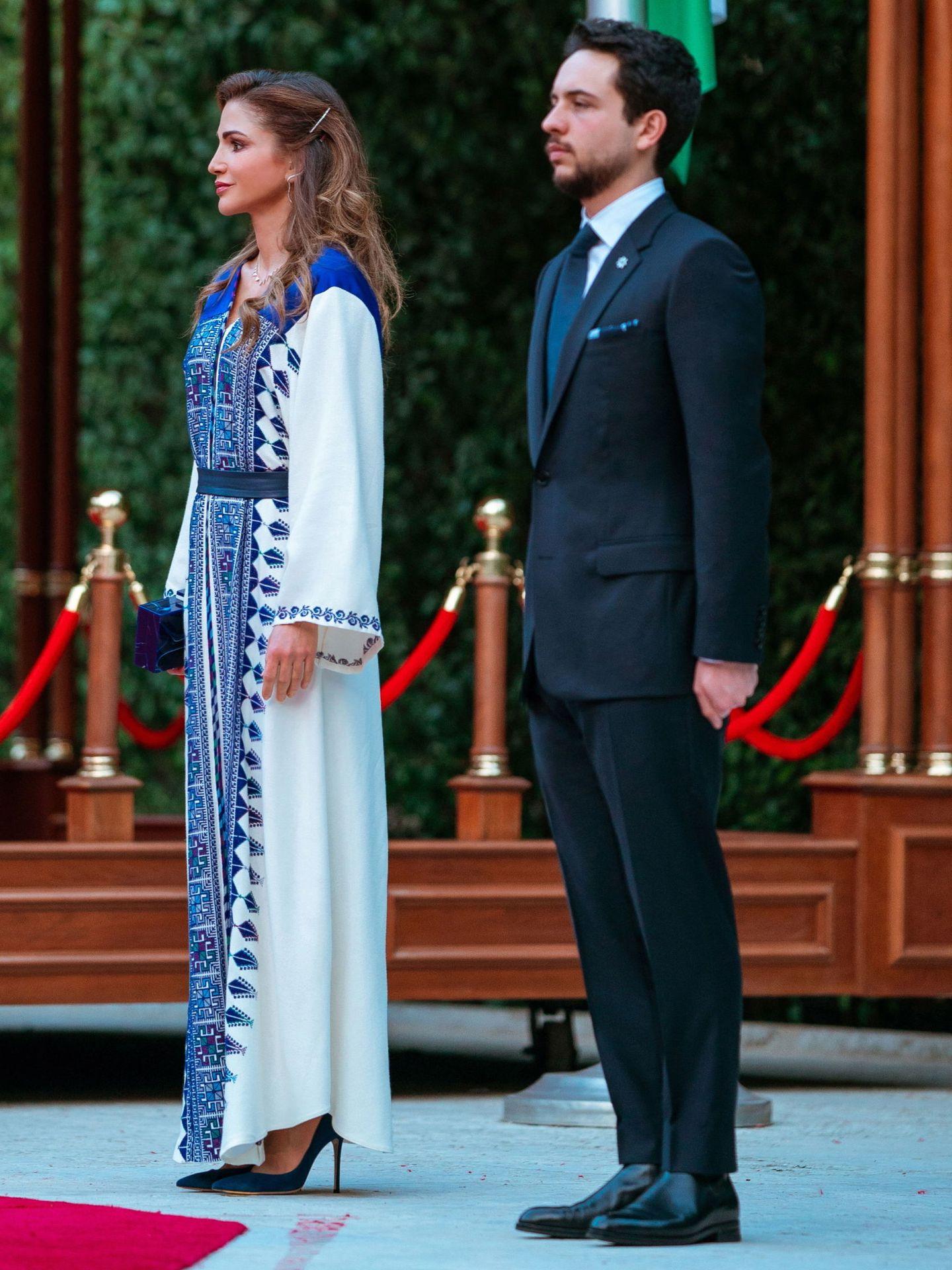 Rania, con su hijo Hussein. (EFE)