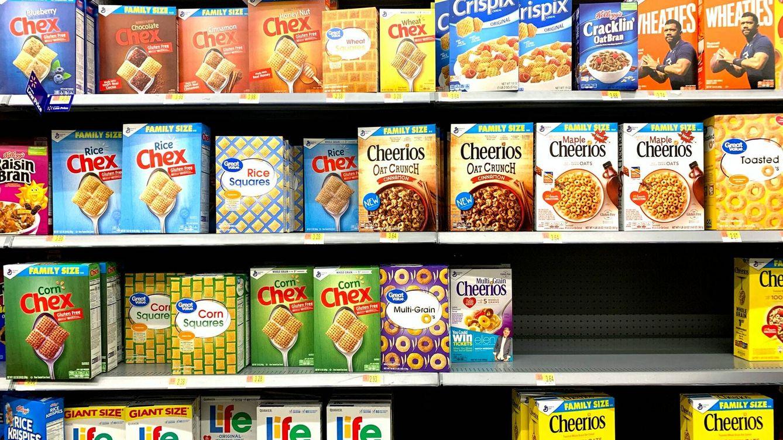 Vende 400 cajas de cereales coleccionadas durante 40 años porque nadie las quiere