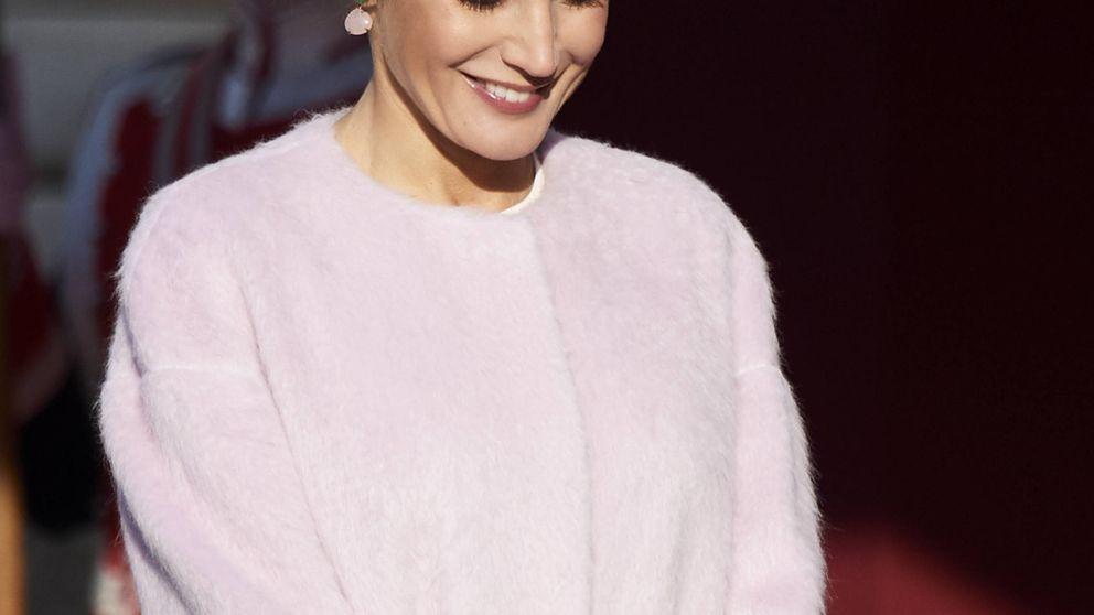 De Pedro del Hierro a Asos: elige el mejor look de la reina Letizia en noviembre
