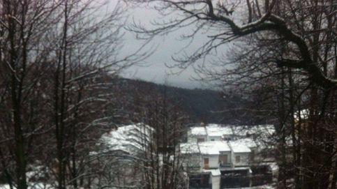 La nieve complica el tráfico en Madrid, Castilla y León y zonas de Levante
