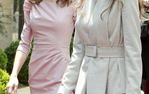 Felipe y Letizia, recibidos como príncipes en su viaje privado