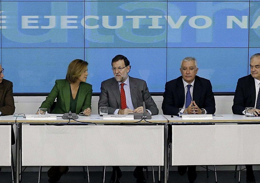 Foto: El presidente del Gobierno y del PP, Mariano Rajoy (c), preside el último Comité Ejecutivo del PP del año (Efe)