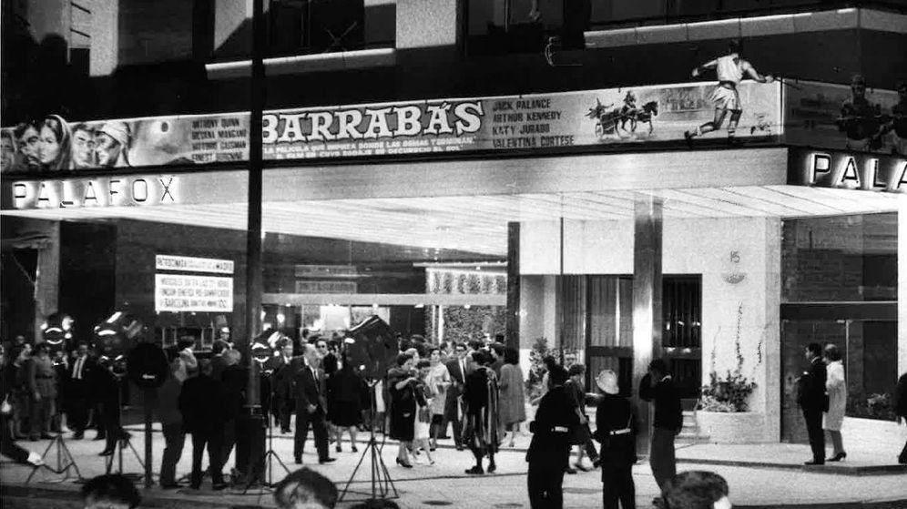 Foto: Día de la inauguración del Palafox con la proyección de Barrabás. (Archivo de Ramón Gómez)