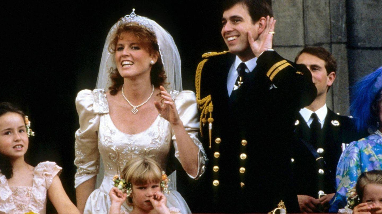 Sarah Ferguson con su tiara de boda. (CP)
