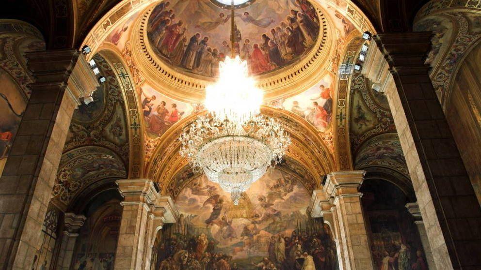 Vídeo: el revisionismo histórico por el que Torra quiere eliminar del Palau los frescos de los Reyes Católicos