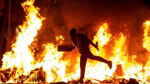 Barricadas, incendios y cargas policiales: múltiples disturbios en Cataluña tras la sentencia del 'procés'