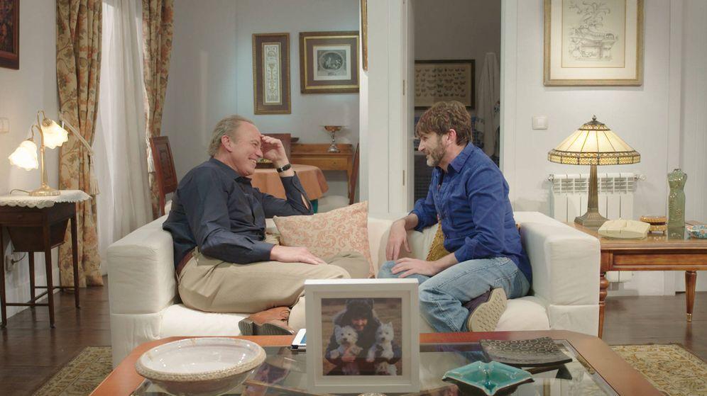 Foto: Bertín conversa con Fernando Tejero en 'Mi casa es la tuya'.