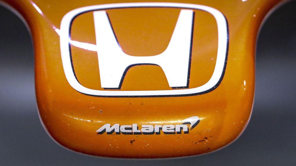Foto: Detalle del frontal del McLaren MCL32 Honda. (EFE)