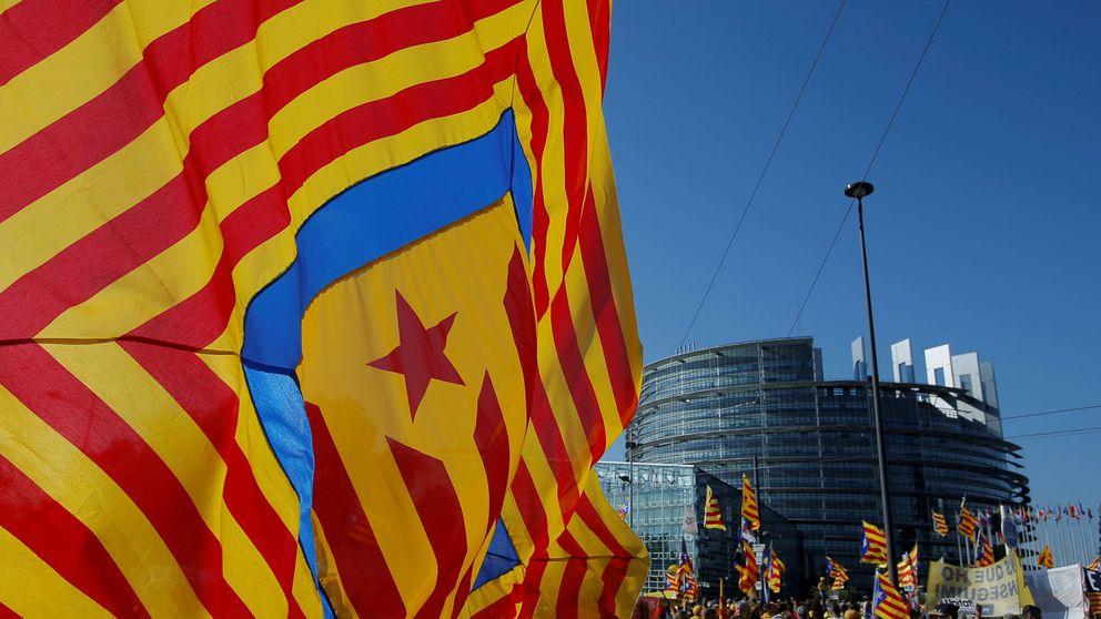Puigdemont reúne de urgencia en Ginebra a ERC y ANC para recuperar el frente común