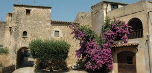 Post de Vilaür, descubre el pueblo donde vive el otro hijo díscolo de la duquesa de Alba (Jacobo)