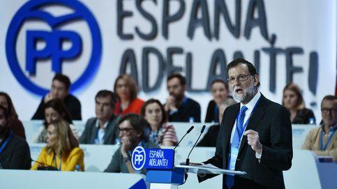 Rajoy llama a combatir el populismo con buena gestión y pide al PSOE que colabore
