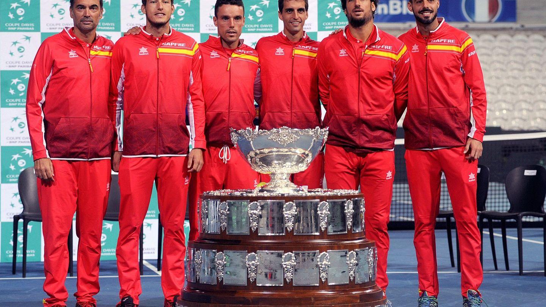 El equipo español, en Lille. (EFE)