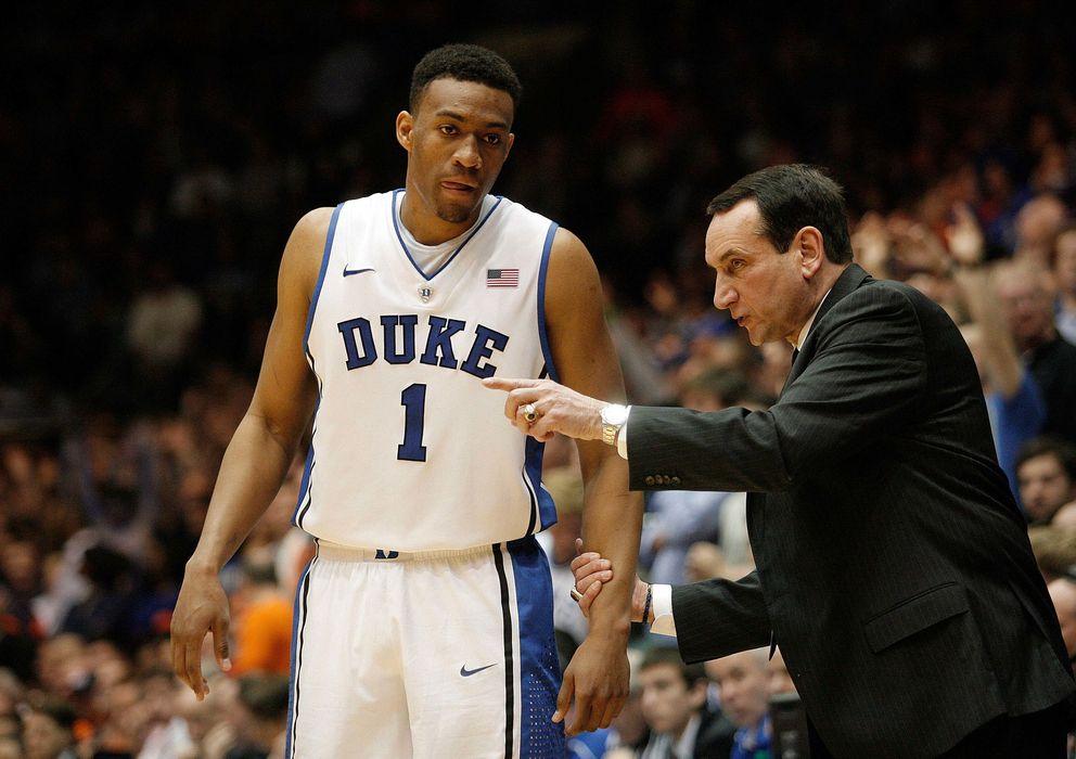 Foto: Jabari Parker recibe instrucciones del entrador de Duke y actual seleccionador estadounidense, Mike Krzyzewski. (Reuters)