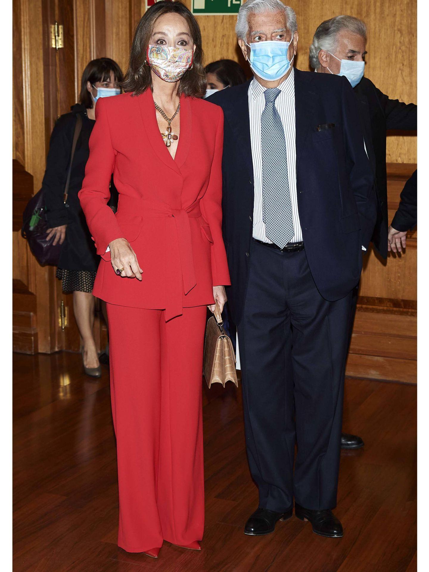 Mario Vargas Llosa e Isabel Preysler. (Getty)