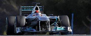 Schumacher reivindica a Mercedes en Jerez con el mejor tiempo