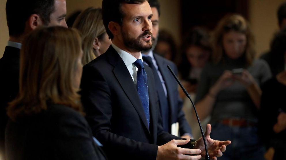 Casado desconcierta al PP al abrir el debate tras 30 años de ordeno y mando