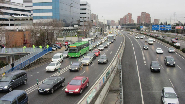 Foto: Es mucho más fácil perder el carné de conducir en Madrid que en Barcelona