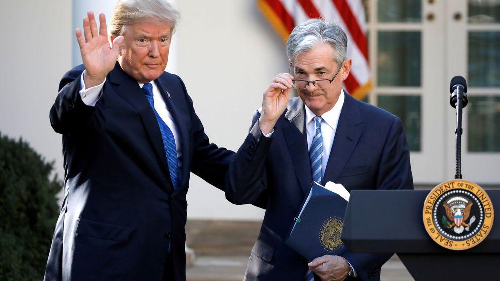 Foto: Donald Trump y Jerome Powell. (Reuters)
