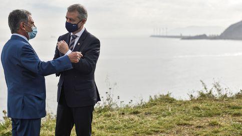 Urkullu niega haber dicho a Revilla que cerrará Euskadi a partir del 9 de mayo