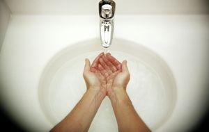 Lo estás haciendo mal: los errores que cometes al lavarte las manos