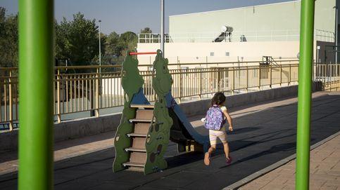 La Junta expedienta a la empresa que olvidó a una niña 4 horas en un autobús