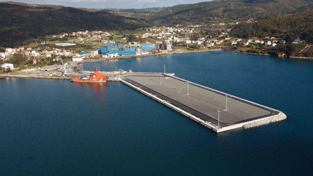 Foto: Vista aérea de la fábrica de Ferroglobe en la localidad coruñesa de Cee. (ferroglobe.com)
