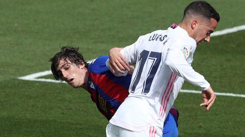 Lucas Vázquez renueva con el Real Madrid por tres temporadas más