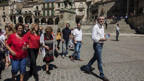 Díaz apela al orgullo del PSOE, Sánchez se erige como la voz de la militancia
