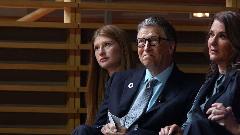Bill y Melinda Gates junto a su hija Jennifer. (Getty)