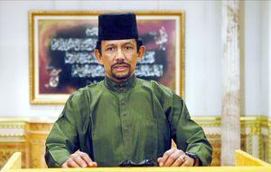 El sultán de Brunéi, un repartidor de millones entre los famosos