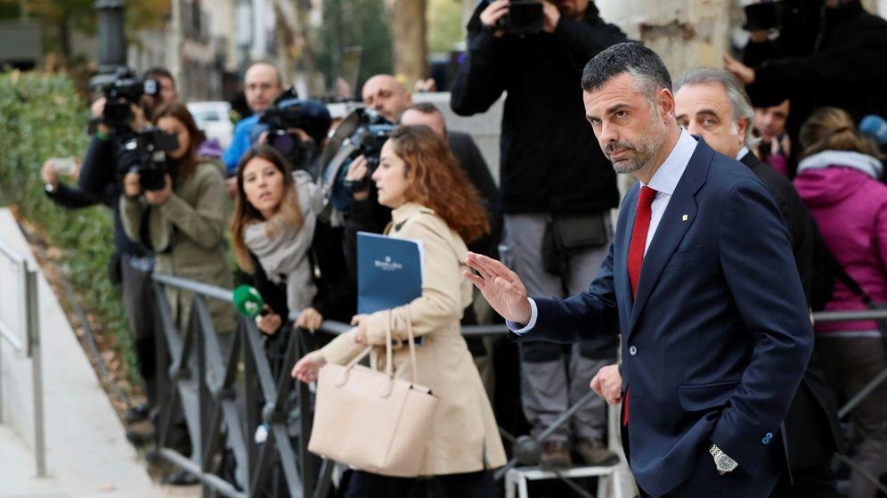 Foto: Santi Vila, a su llegada a la Audiencia Nacional. (EFE)