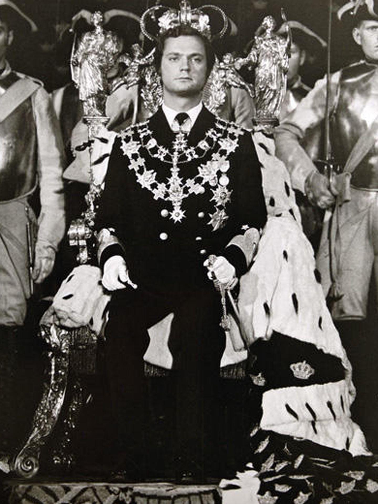 El Rey Carlos Gustavo de Suecia el día de su coronación