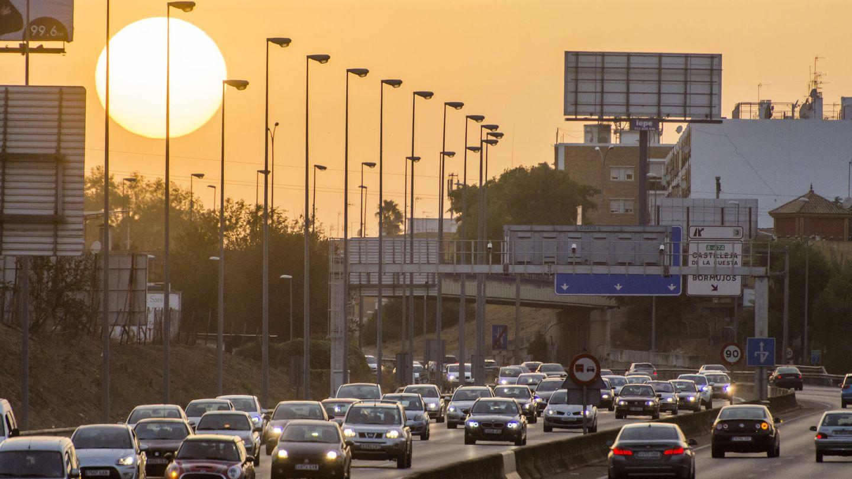Conectar Cádiz con Huelva por carretera es otra de las prioridades de la Junta. (EFE)