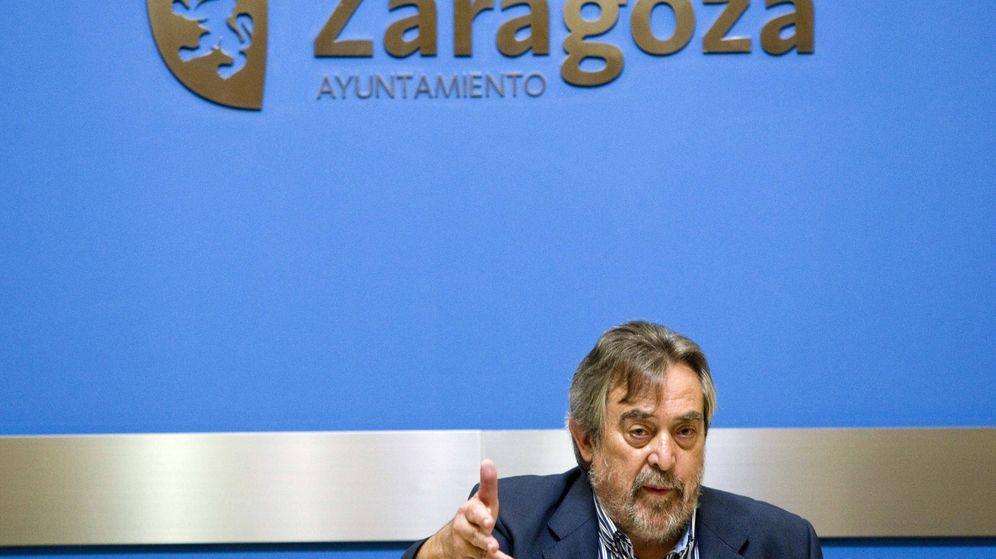 Foto: Juan Alberto Belloch durante una rueda de prensa en Zaragoza. (EFE)