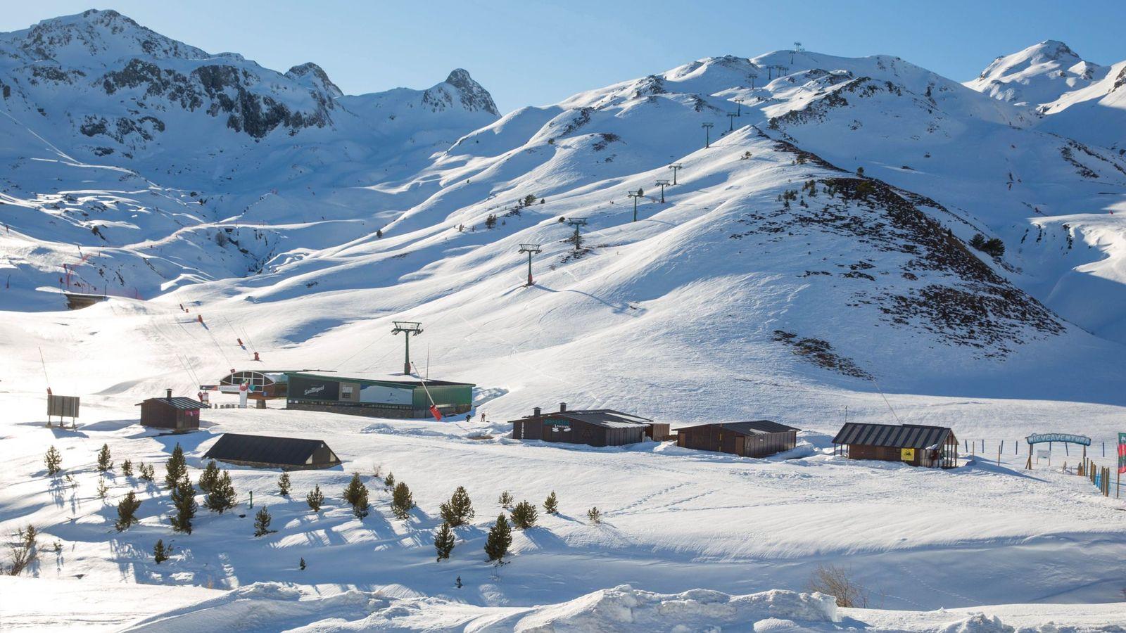 Estaciones De Esquí Sos Pirineo El Cierre De Las Pistas De Esquí Amenaza El 7 Del Pib De Aragón