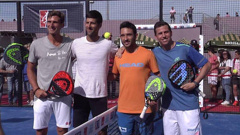 Novak Djokovic muestra sus dotes como jugador de pádel en el Mutua Madrid Open