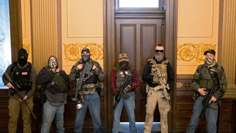 Grupo armado en Michigan. (Reuters)